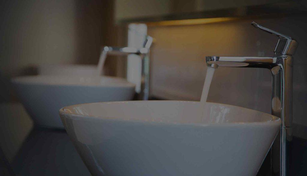 mała umywalka do łazienki, montaqż umywalki Bydgoszcz, Hydraulik