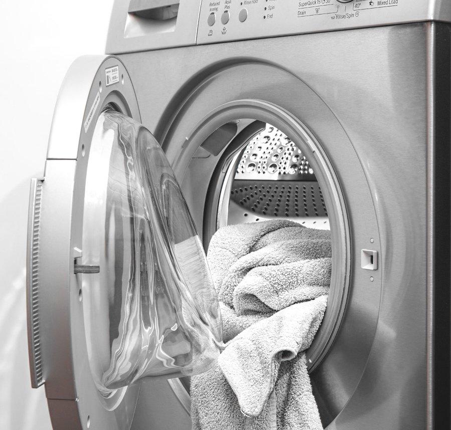 woda w przegrodzie na płyn do płukania, dlaczego pralka zostawia wodę w pojemniku na płyn do płukania, Woda w szufladce na płyn, Woda w pojemniku na płyn, W pralce zostaje woda w pojemniku na płynie