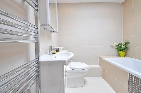 mała łazienka, jak urządzić małą łazienką, mała łazienka - jak optycznie powiększyć