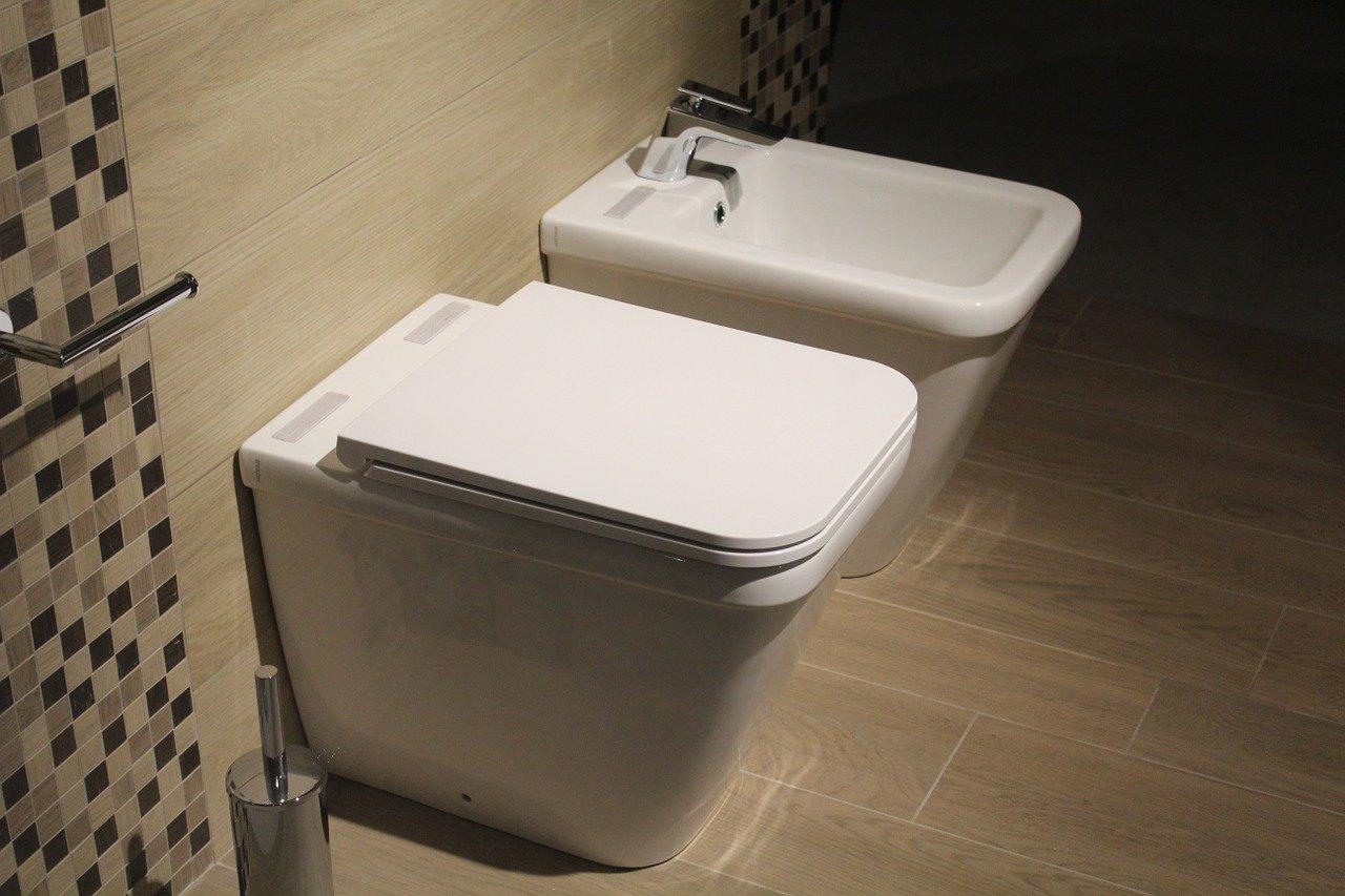 Miska WC bezkołnierzowa, toalety bezrantowe, miska WC bezrantowa, miska bez kołnierza, miska rimless