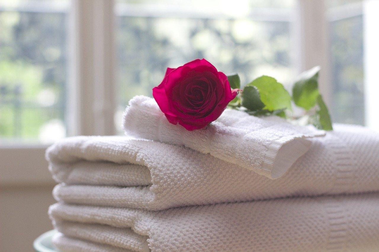 pranie ręczników, Jak często prać ręczniki, Pranie ręczników jaki program, Jak prać ręczniki, żeby nie śmierdziały? Pranie ręczników przed użyciem